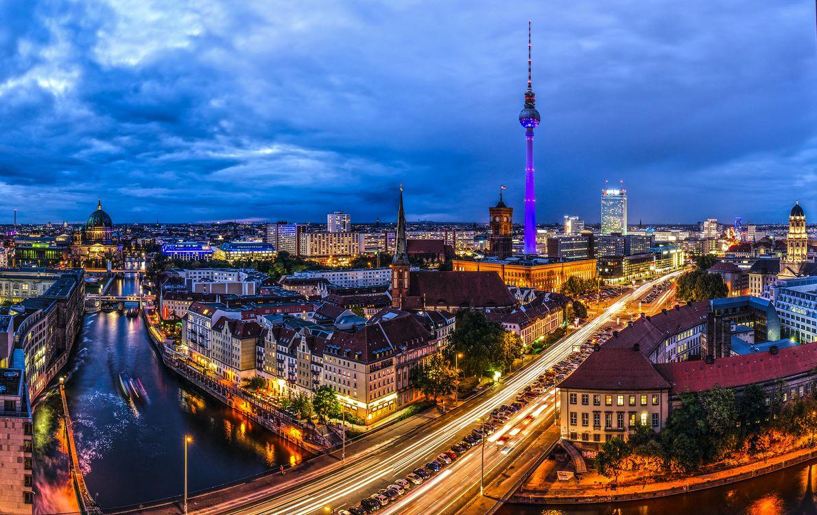дальше картинки про немецкий город берлин светлая картина цаплями