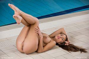 Бесплатные фото Niemira,красотка,голая,голая девушка,обнаженная девушка,позы,поза