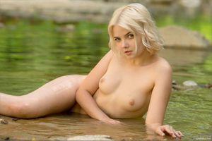 Бесплатные фото Кали,Сандра,Шанель Фенн,модель,горячий,голый,молодой