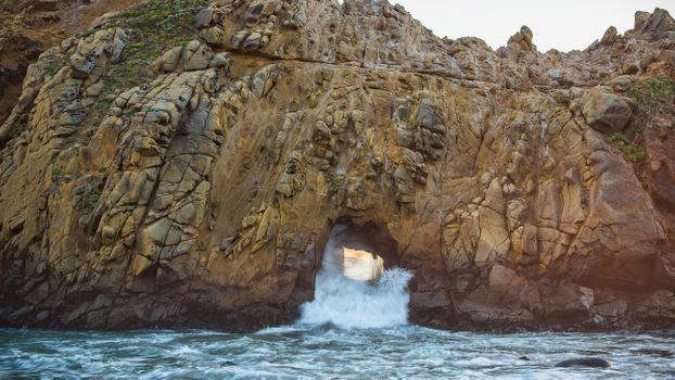 Заставки океан, скалы, волны