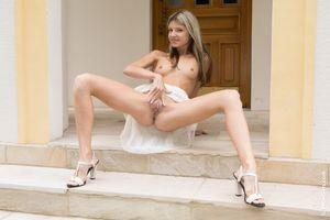Бесплатные фото Gina Gerson,красотка,голая,голая девушка,обнаженная девушка,позы,поза