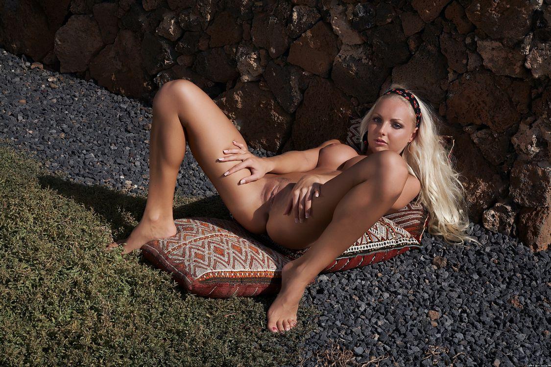 Фото бесплатно Виктория Б, голая, красотка - на рабочий стол