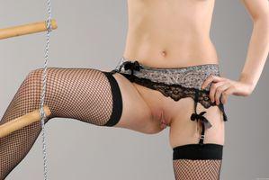 Фото бесплатно Amelie A, красотка, голая, голая девушка, обнаженная девушка, позы, поза, сексуальная девушка, эротика, Nude, Solo, Posing, Erotic