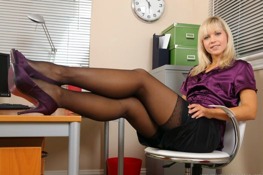 Photo free Blonde, Blinds, Shoes