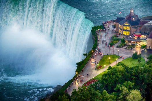 Бесплатные фото Ниагара,воды,природа,водное пространство,небо,характеристики воды,водопад,город,туристическая достопримечательность,дерево,волна,пейзаж