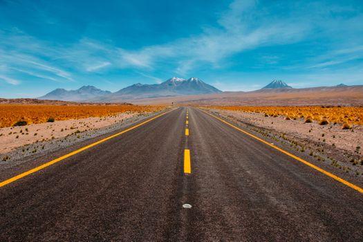Фото бесплатно долгая дорога, небо, поле