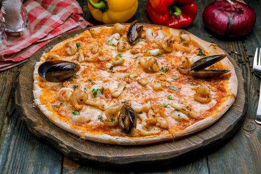 Pizza with mussels · free photo