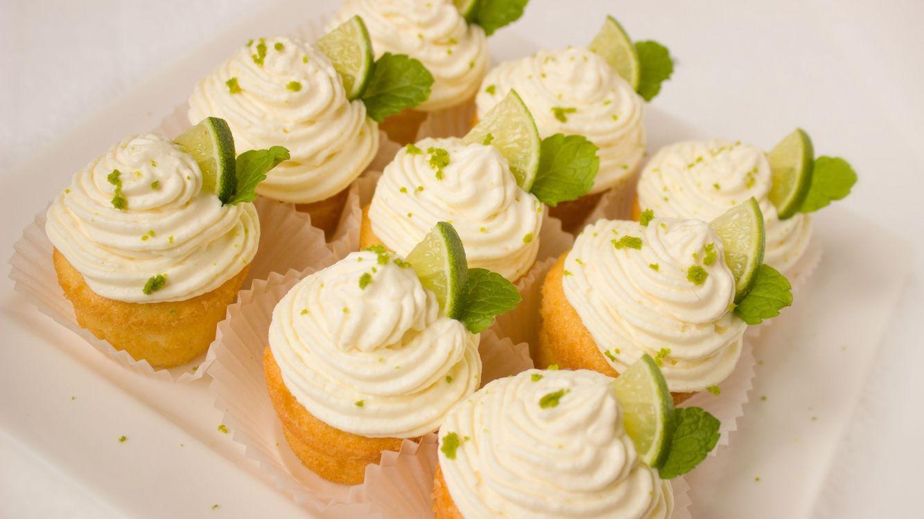 Фото бесплатно кексы, крем, лайм, мята, еда