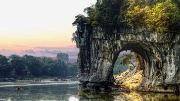 Фото бесплатно деревья, река, скалы