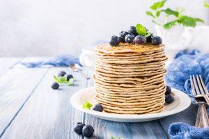 Бесплатные фото ягоды,блины,выпечка,завтрак