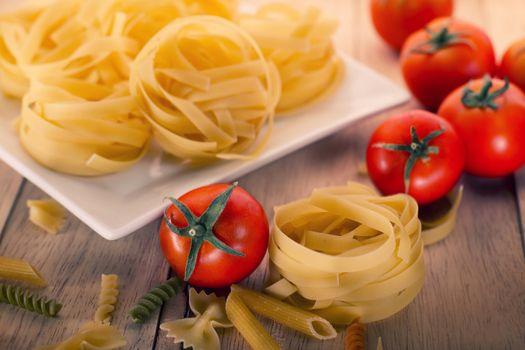 Фото бесплатно макароны, помидоры, овощи