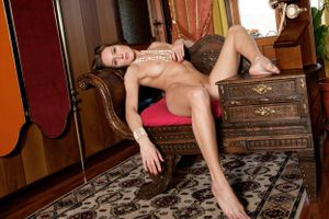 Бесплатные фото Sabyne A, красотка, голая, голая девушка, обнаженная девушка, позы, поза