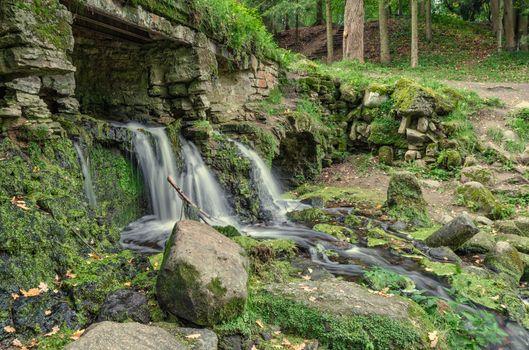 Фото бесплатно Павловский парк, заросший каменный мост, Россия