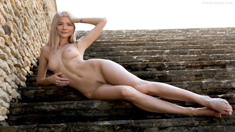 Блондинки голые демотиваторы пизде пьяной