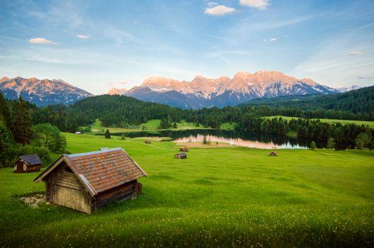 Бесплатные фото Озеро Герольдзее,домики,сооружения,постройки,Германия,Geroldsee,Южный Тироль,Альпы,Гармиш,Партенкирхен,сельская местность,Bavaria