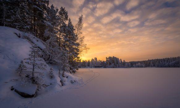 Фото бесплатно пейзаж, озеро, сугробы