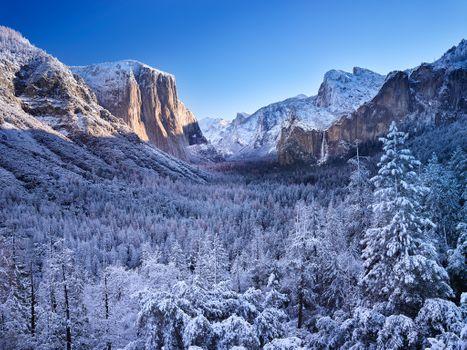 Бесплатные фото Yosemite Falls,Yosemite National Park,California,водопад,горы,поле,деревья,зима,пейзаж