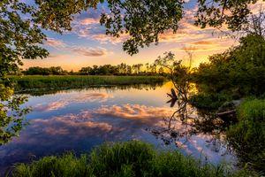 Бесплатные фото закат,река,небо,облака,отражение,деревья природа,пейзаж