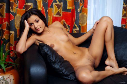 Бесплатные фото Belinda,Adrienne,Amanda,Anastasia,Anastasiya,Belinda A,Bianca,Diamond,Leila,Nasrin,эротика,голая девушка
