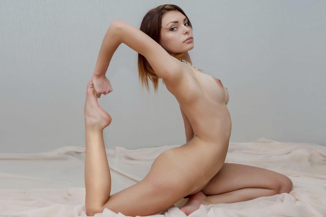Фото бесплатно Shenila, красотка, голая, голая девушка, обнаженная девушка, позы, поза, сексуальная девушка, эротика, Nude, Solo, Posing, Erotic, фотосессия, эротика