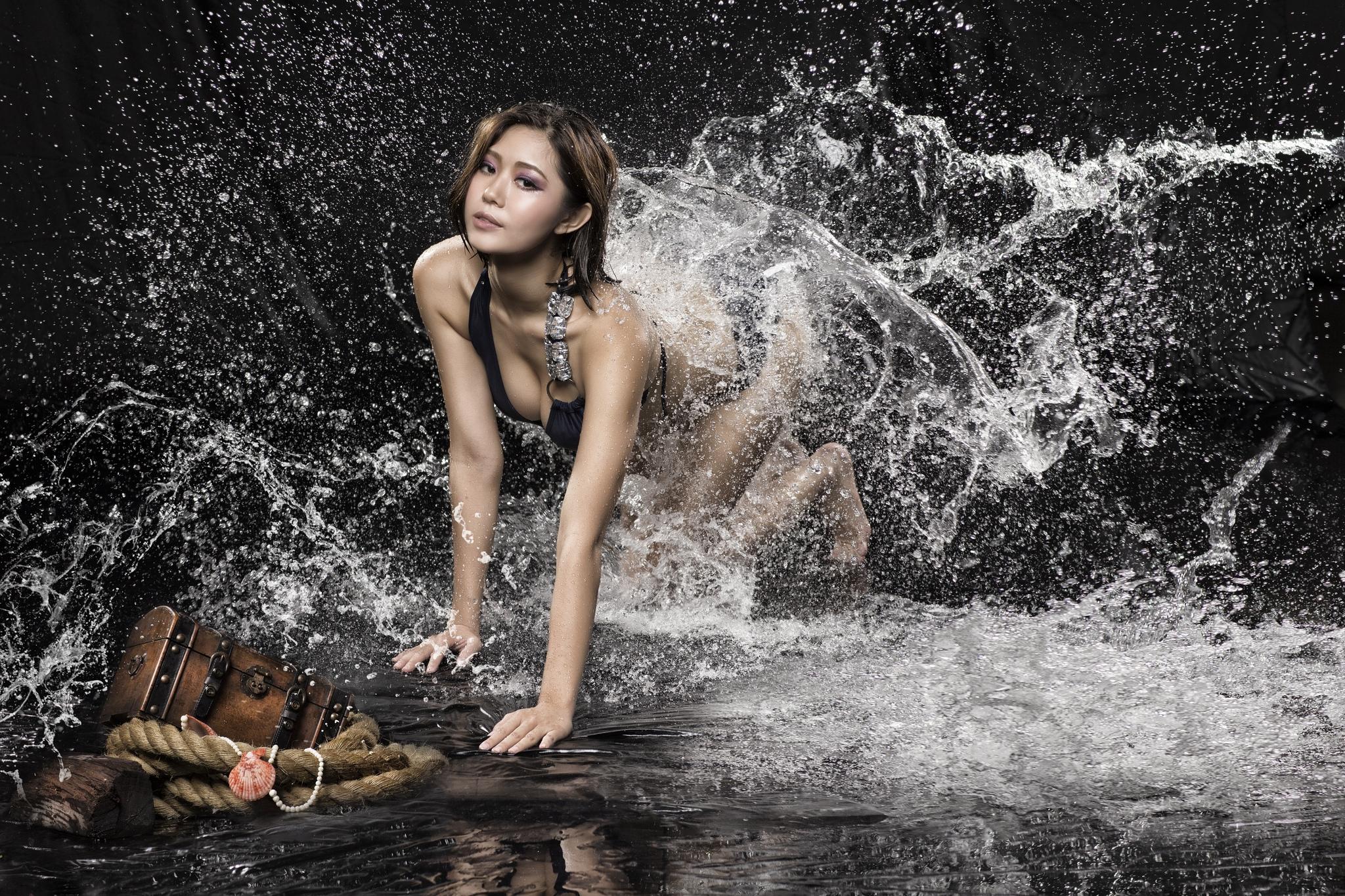 девушки соло вода