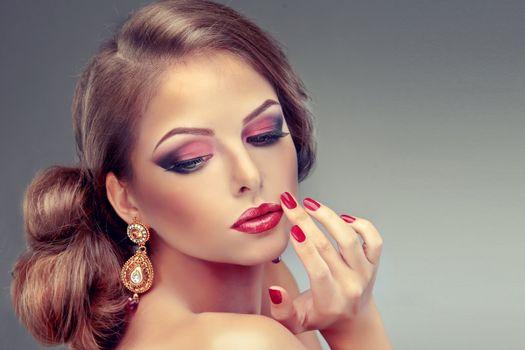 Бесплатные фото макияж,маникюр,лицо,рука