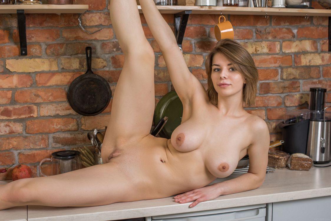 Фото бесплатно Елена, обнаженная девушка, милая - на рабочий стол