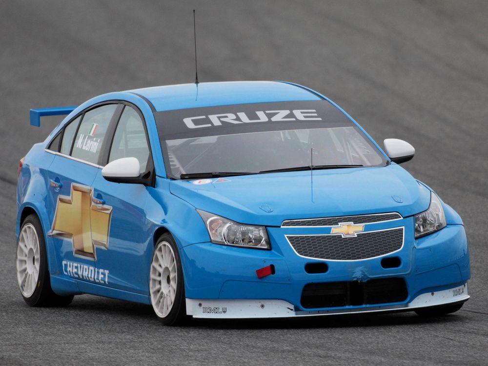 Photos for free chevrolet cruze, blue, racing - to the desktop