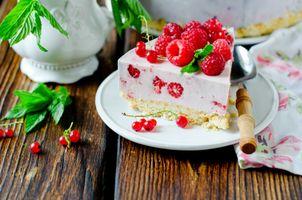 Бесплатные фото пирожное,крем,малина