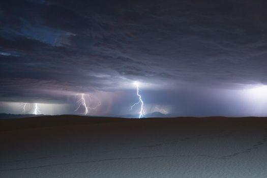 Фото бесплатно молния, тучи, дюны