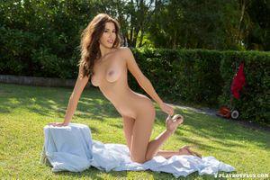 Бесплатные фото Sophie Anne,Playboy Plus,эротика,голая девушка,обнаженная девушка,позы,поза