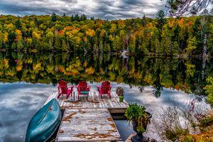 Бесплатные фото осень,озеро,лес,деревья,причал,мостик,лодка