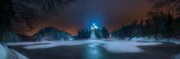 Бесплатные фото Trakoscan Castle,Croatia,Замок Тракоскан,Хорватия,ночь,озеро,пейзаж