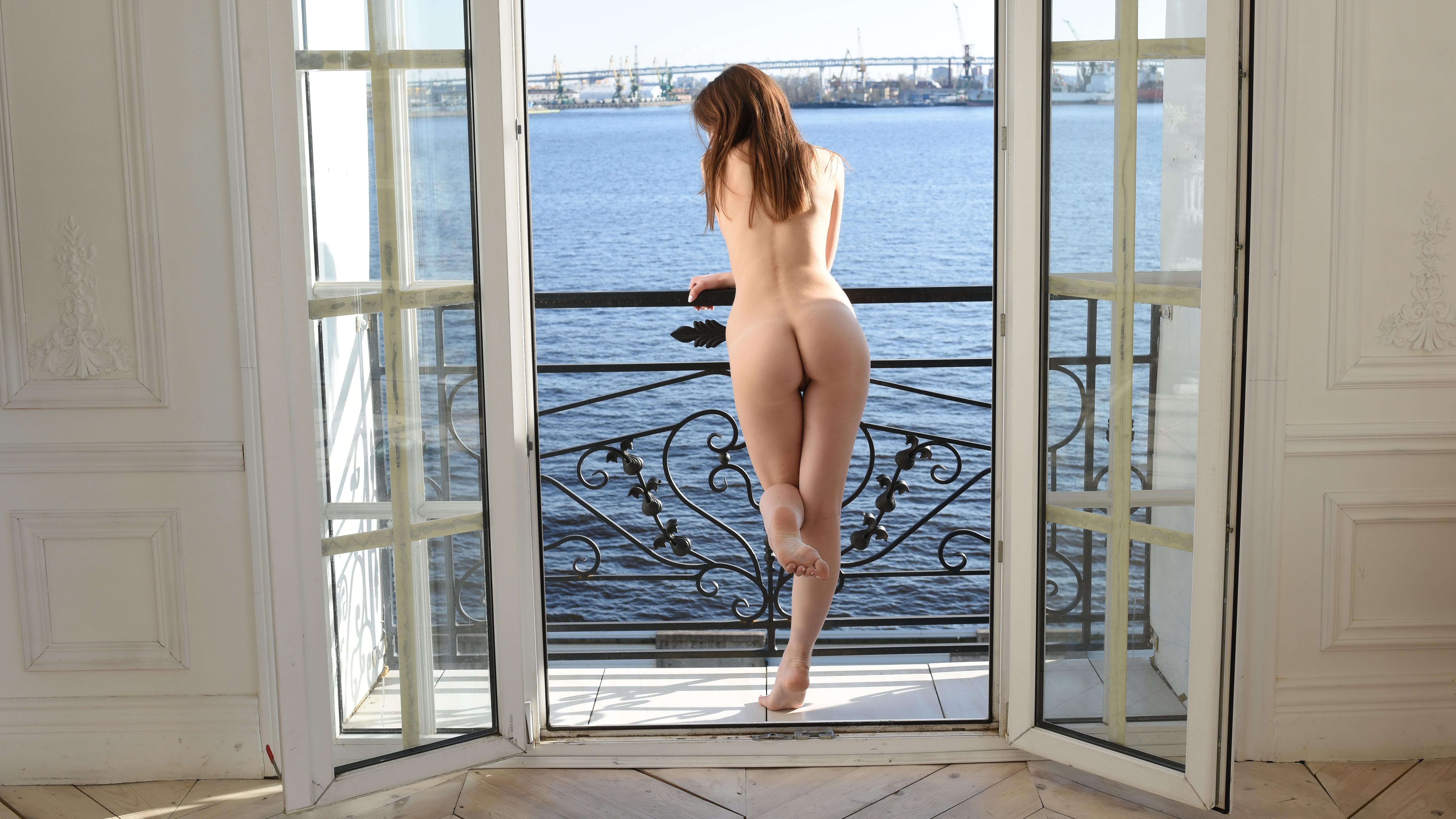 Windows naked #14