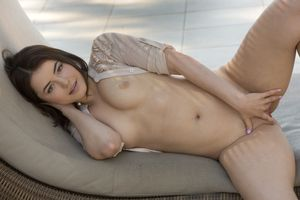 Бесплатные фото Kylie Quinn Hazel Eyes,красотка,голая,голая девушка,обнаженная девушка,позы,поза