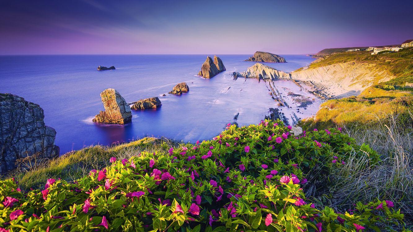 Впечатляющие побережья Кантабрии, Испания · бесплатная заставка