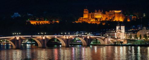 Photo free Heidelberg at night, arch bridge, backlight