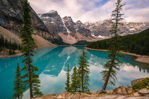 Бесплатные фото Lake Moraine,Canada,Озеро Морейн,Альберта,Канада,озеро,горы