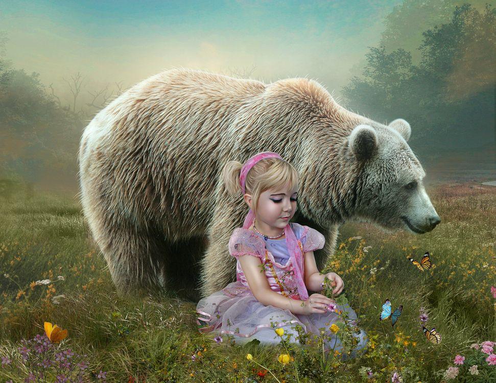 Фото бесплатно девочка, медведь, поле, туман, цветы, бабочки, фантазия, фотошоп, art, фантастика