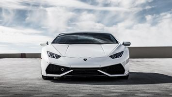 White Lamborghini new Huracan supercar · free photo