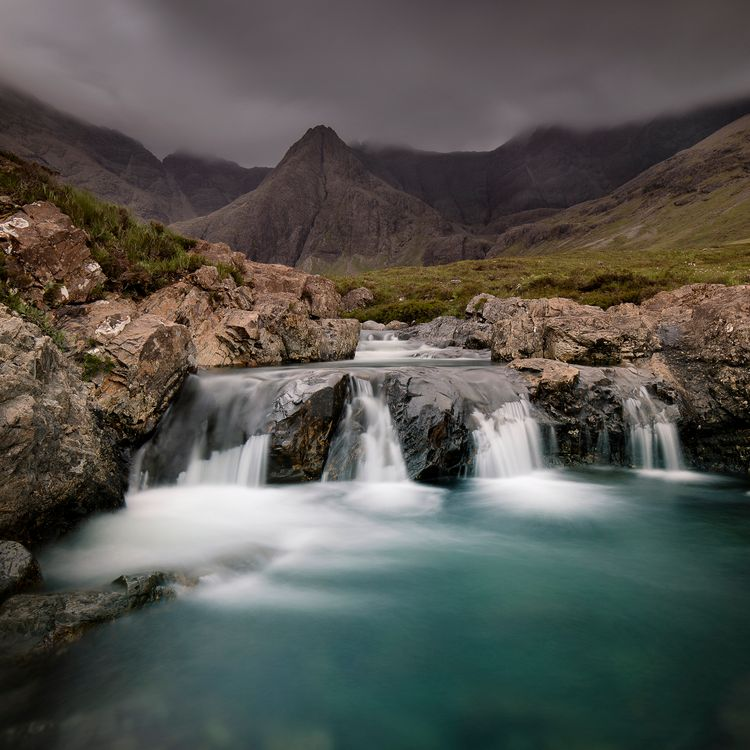 Фото бесплатно водопад, сказочный бассейн, остров скай, пейзаж, шотландия, гора, длительное пребывание, пейзажи