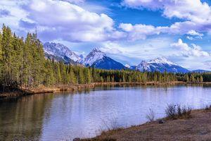 Бесплатные фото Водосбросное озеро,Провинциальный парк Петра Лугида,Альберта,Spillway Lake,Peter Lougheed Provincial Park,Alberta,горы