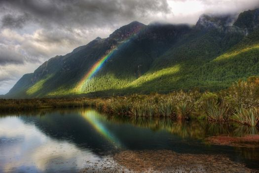 Заставки Mountains Mountain Splendor Green Peaceful New Reflection, Rainbow, Forest