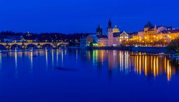 Фото бесплатно Карлов мост, ночной город, огни