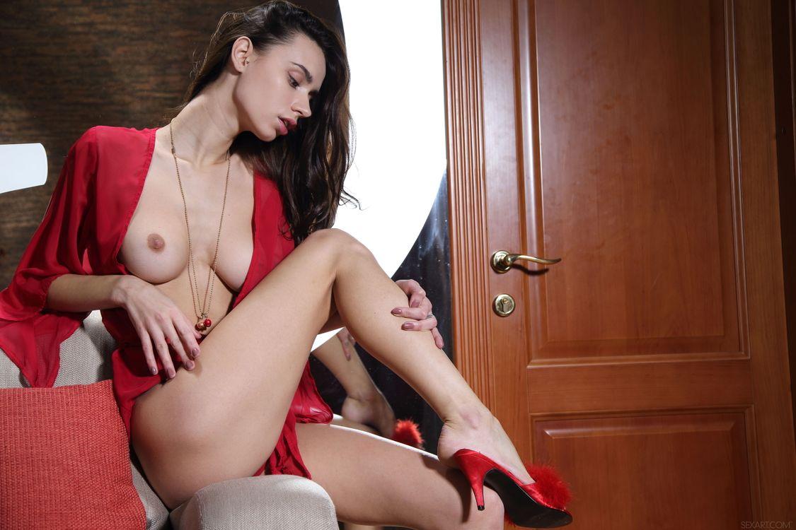 Фото бесплатно Dita V, красотка, голая, голая девушка, обнаженная девушка, позы, поза, сексуальная девушка, эротика, Nude, Solo, Posing, Erotic, фотосессия, эротика