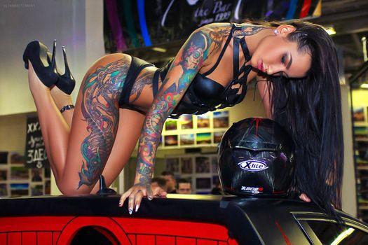 Фото бесплатно черное белье, сексуальные, татуировки