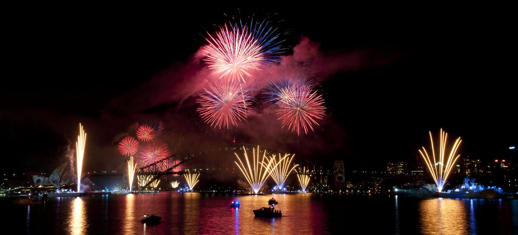 Free photo Sydney, fireworks, explosion - to desktop