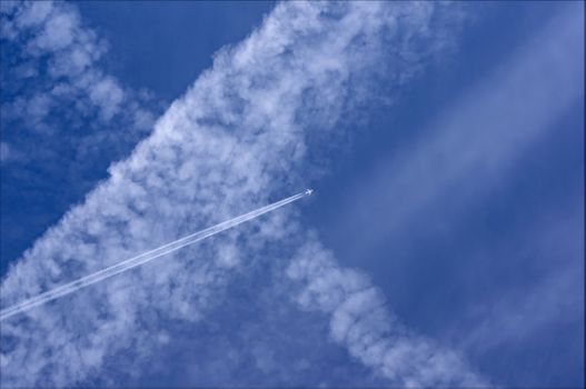 Бесплатные фото небо,облака,самолёт