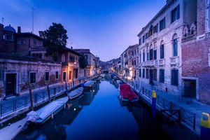 Заставки Венеция,Венето,Италия,канал,вода,Лодка,дома
