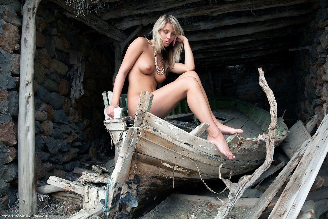 Браздова Дениса Богиня · бесплатное фото